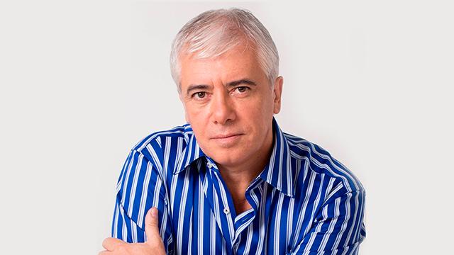 Álvaro                                             Moré