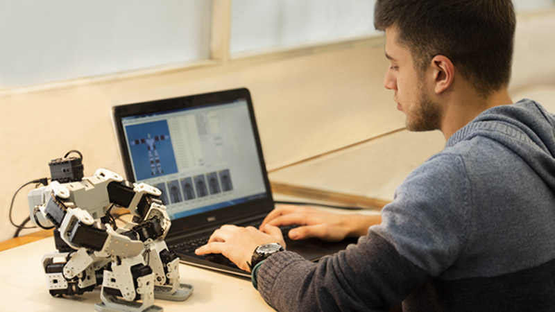 taller de robotica virtual en uruguay