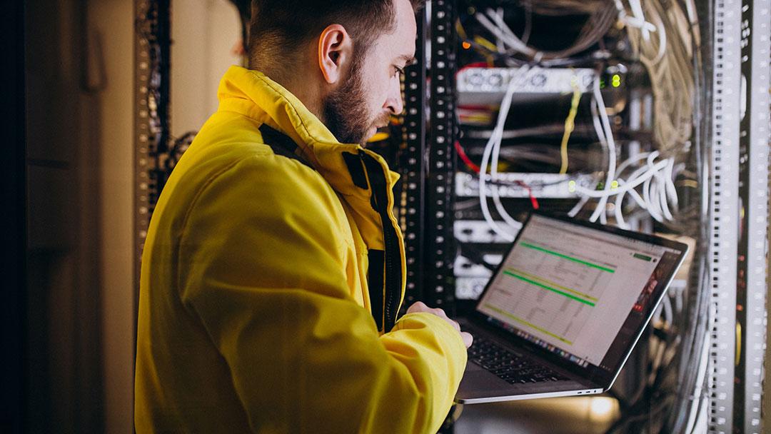 Estudiar Programación y Administración de Servidores y Aplicaciones