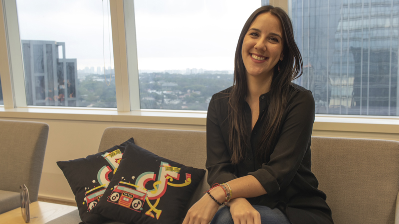 Victoria Rodríguez, Licenciada en Comunicación de la Universidad ORT Uruguay.