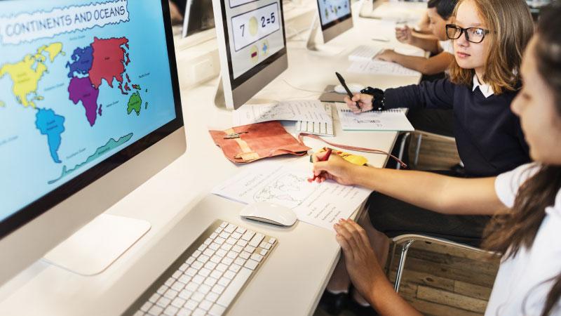 Educación y promoción en ciencia y tecnología