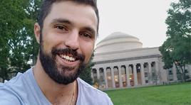 Graduado de Contador Público por ORT obtiene un MBA por el MIT Sloan School of Management