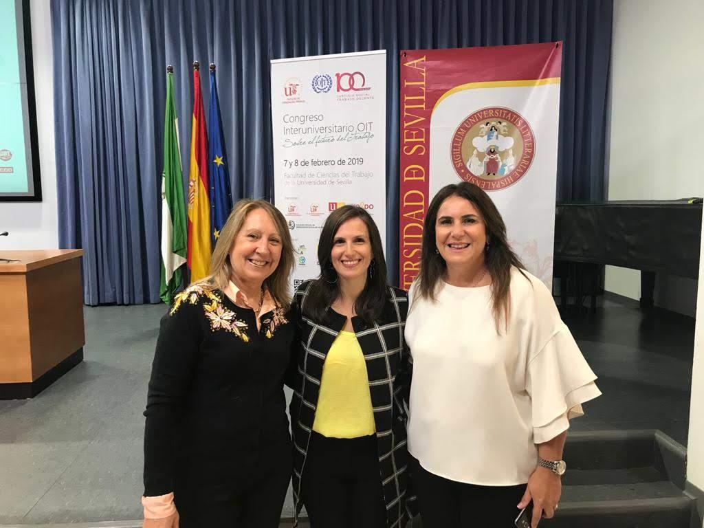 """Coordinadora realizó presentación con graduadas en el Congreso Interuniversitario OIT """"Sobre el futuro del trabajo"""""""