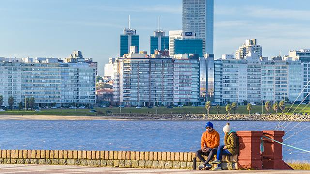 Construcción en Uruguay: análisis económico, legal y laboral