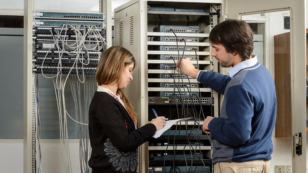 Acreditación de Ingenierías en Electrónica y en Telecomunicaciones